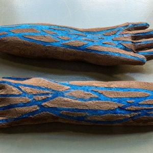 Henna Hands, 2017  textile, henna, plaster 40 x 40 cm