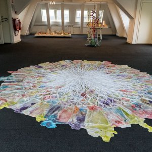 Fata Morgana, 2017 Textile, crinkle-elastic, polystyrenebeads, reinforcementbars, Height: 135 cm