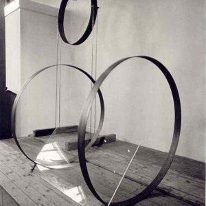 Brug1 en Brug2, 1993, staal/draad/perspex, dliverse formaten