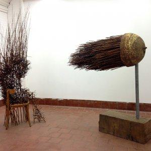 The void, 2016, hout, stoel, wilgentenen